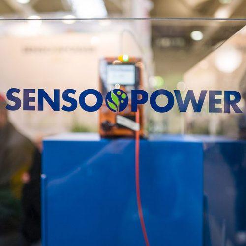 expokom GmbH | Messestand Glasabgrenzung Sensopower