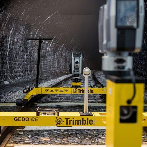 expokom GmbH | Messestand Produktdarstellung Trimble