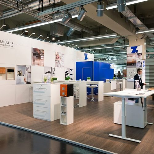expokom GmbH | Seitenansicht Messestand der Firma Ziegelmueller