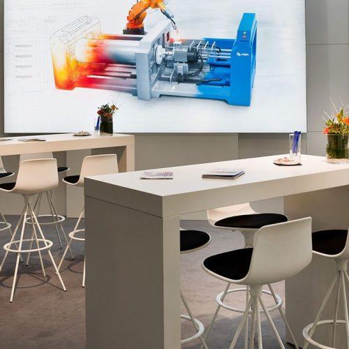 expokom GmbH | Sitzbereich Messestand KBA