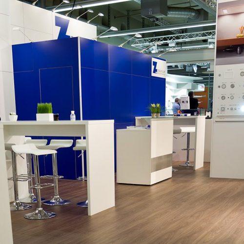 expokom GmbH | Sitzbereich Messestand Ziegelmueller